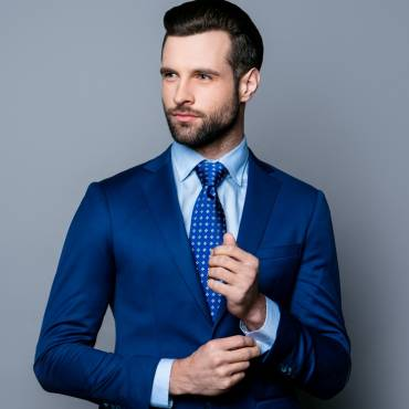 Ties are inseparable with men's clothing